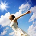 コザクラインコに日光浴の必要性や時間はどのくらい必要?